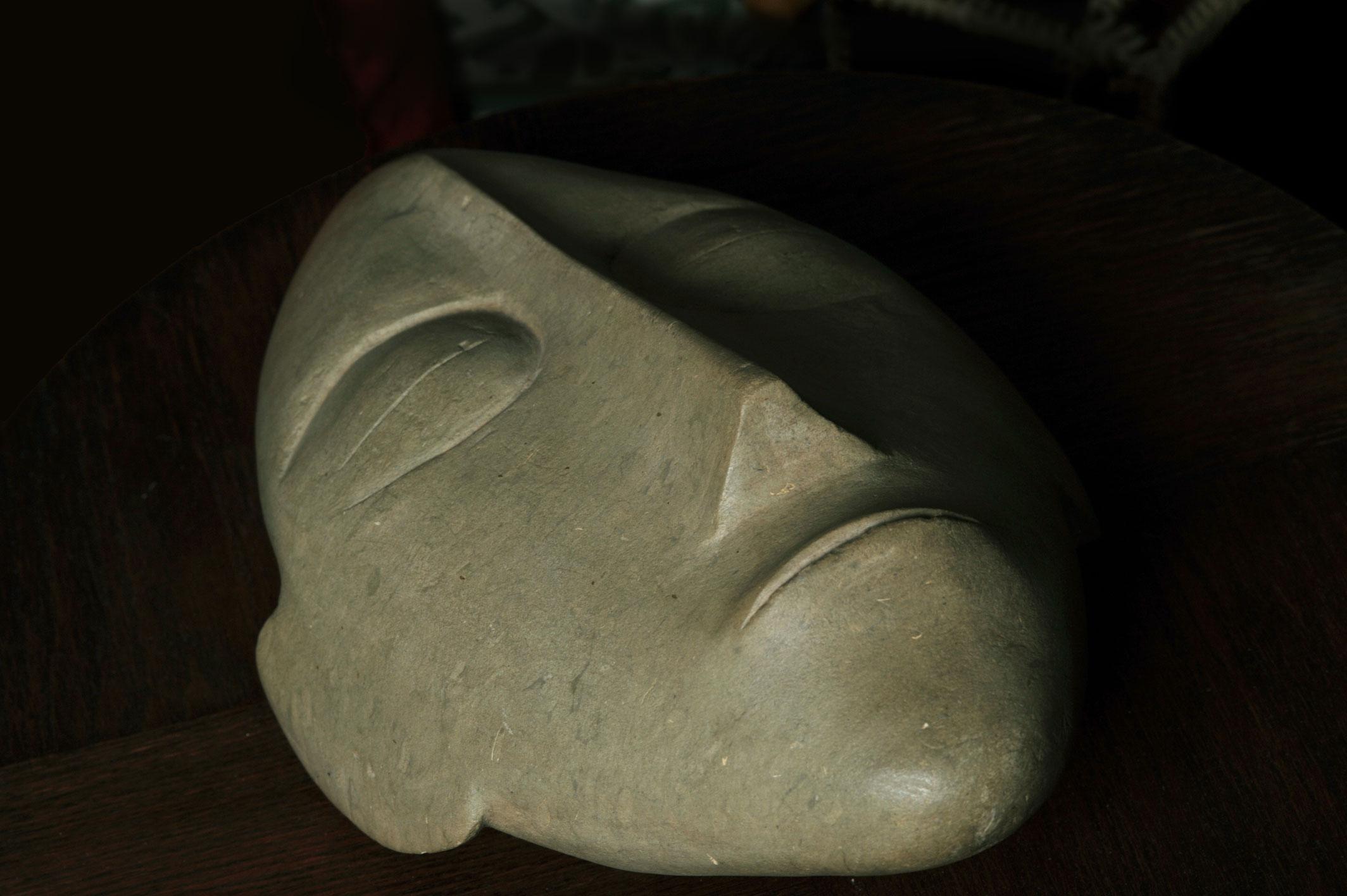 masque-pierre de tuf